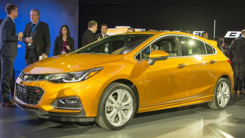 2018 chevy cruze hatchback delivers on our manual diesel dreams next year autoblog. Black Bedroom Furniture Sets. Home Design Ideas