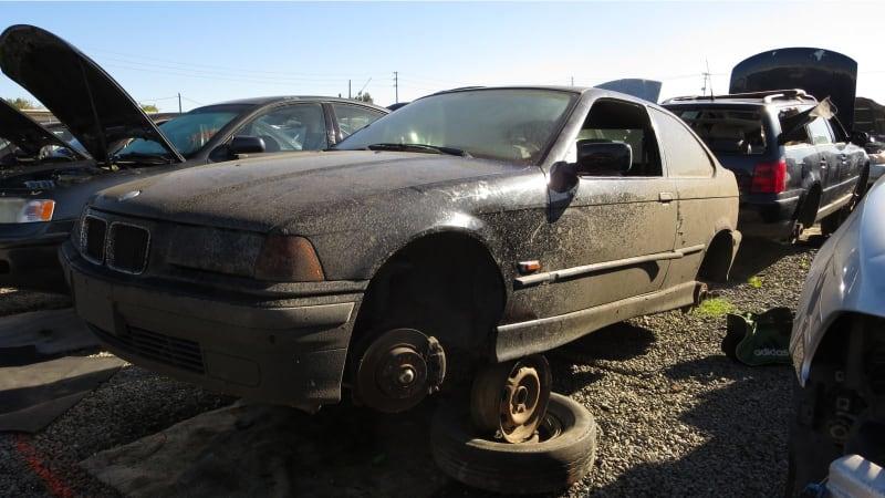Junkyard Gem: 1996 BMW 318ti