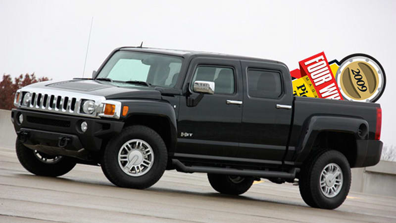 hummer h3t declared pickup truck of the year by four. Black Bedroom Furniture Sets. Home Design Ideas