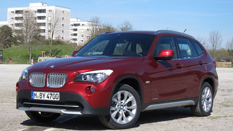 2011 bmw x1 xdrive28i autoblog. Black Bedroom Furniture Sets. Home Design Ideas