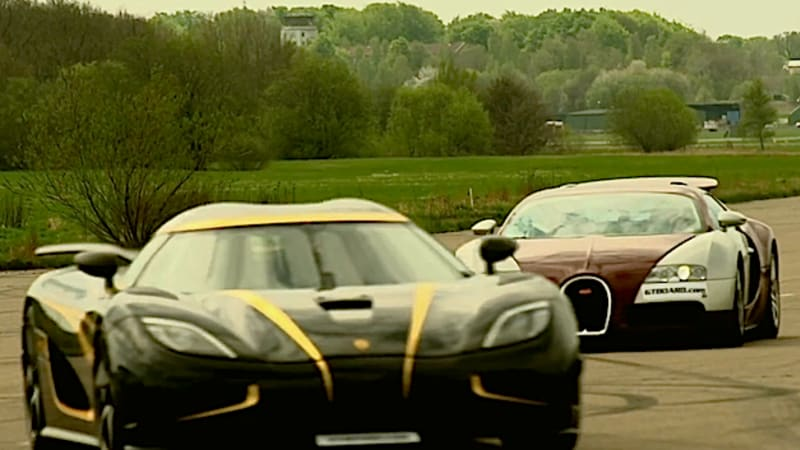 when a bugatti veyron drag races against a koenigsegg agera s hundra we all. Black Bedroom Furniture Sets. Home Design Ideas