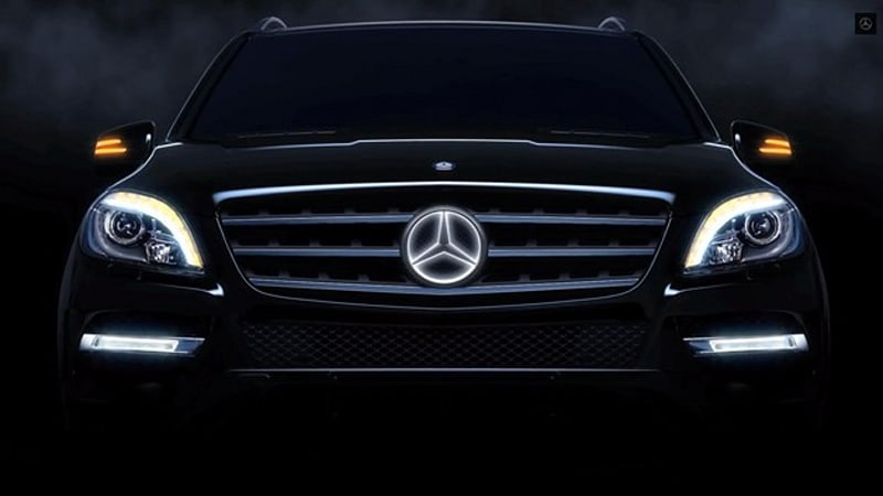 mercedes offering illuminated three pointed star logo