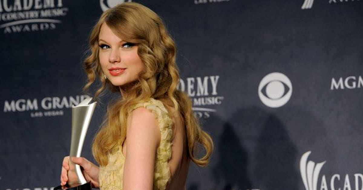Country Music Gifs of Country Music Awards