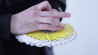 Guy Shows Off Amazing Cardistry Skills