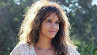 Internet Is Losing It Over Pic Of Halle Berry
