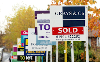 Coutts says house prices will fall 11%