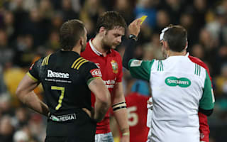 Gatland questions officials after Henderson yellow