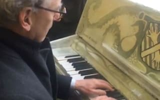 Some hero started playing the piano at Clapham Junction to keep people calm during the Tube strike