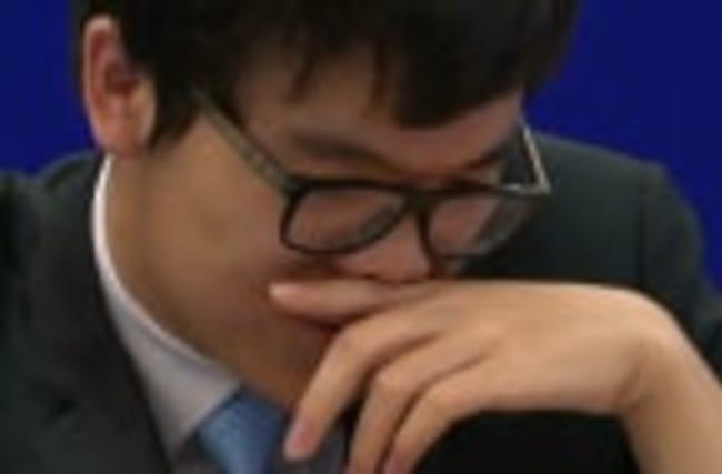 Google's AI AlphaGo bests its second Go champion