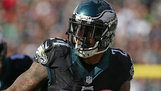 Eagles RB Mathews (knee) won't play on MNF