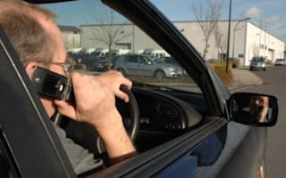 RAC warns of growing mobile use while driving