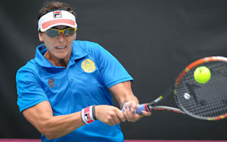 Shvedova progresses in Taipei, Babos through