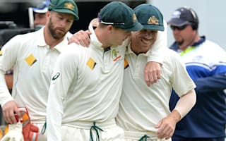 Warner defends under-fire Smith
