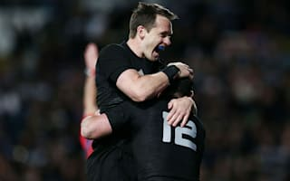 All Blacks vice-captain Smith signs new deal