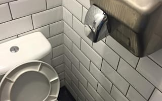 Hilarious response to customer's toilet complaint
