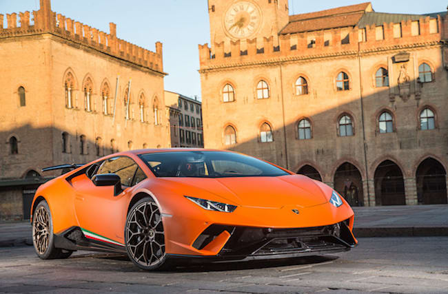 First Drive: Lamborghini Huracan Performante