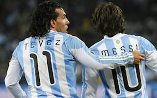 Tevez stands up for Messi: The AFA is a mess