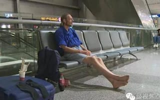 Dutchman waits for no-show girlfriend in Chinese airport for 10 days