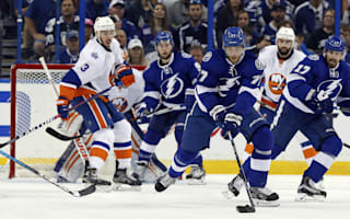 Lightning crush Islanders to seal series