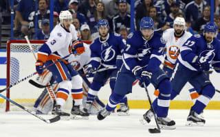 Lightning crush Islanders to seal series