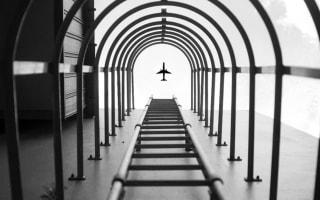 Nikon removes winner's photoshopped plane image and apologises