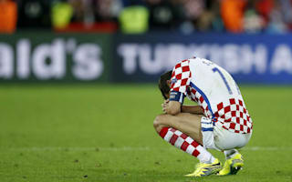 Croatia skipper Srna announces international retirement