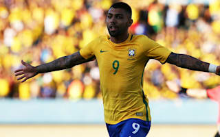 Inter 'make offer' for Brazil striker Gabriel Barbosa