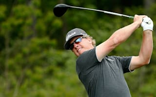 Hoffman maintains lead as darkness cuts short second round