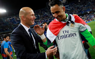 Navas shaves head in support of cancer sufferers
