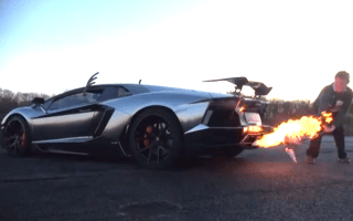 How to cook a Christmas turkey... with a Lamborghini!