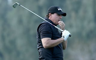 Mickelson dismayed by Chargers' LA switch
