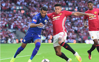 Manchester United want to keep Rojo, says agent