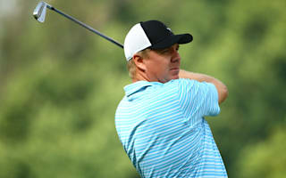 Magnificent McGowan surges into Joburg lead
