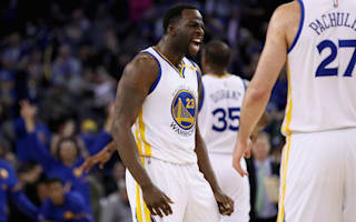 Green triple-double inspires Warriors, Spurs down Pistons