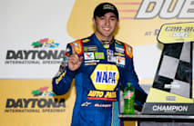 Elliott wins Can-Am Duel
