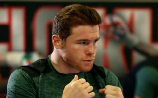 Alvarez expects Khan to fight like Mayweather Jr