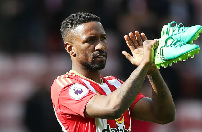 BREAKING NEWS: England striker Defoe completes return to Bournemouth