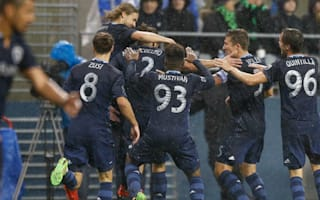 MLS Review: Sporting KC stay perfect, Union crush Revs