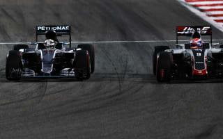 Grosjean unhappy with Hamilton behaviour