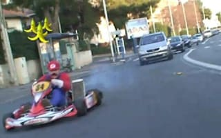 Mario Kart on the streets of Paris