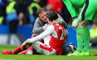 Arsenal's Bellerin could face Hull after concussion