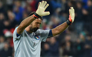 De Rossi: I'd rather Buffon saved his blunders for Juventus!