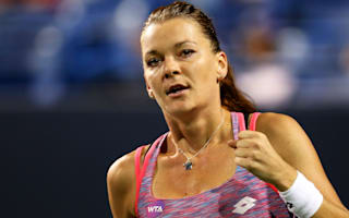 Radwanska rallies to win in Tokyo, Puig downs Kvitova