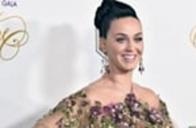 Katy Perry Celebrates 32nd Birthday By Voting for Hillary Clinton and Rocking Out to Kanye West