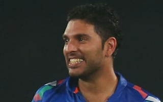 Yuvraj on song as Sunrisers Hyderabad make winning IPL start