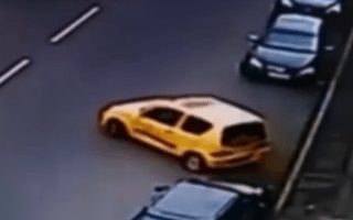 Video: Is this the world's worst parking attempt?