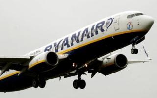 Ryanair annual profits down 8%