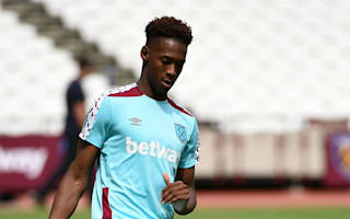 Oxford snubs Arsenal, City and United to pen West Ham deal