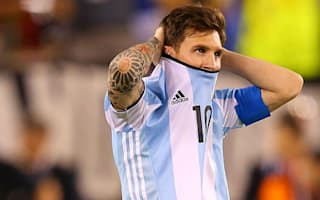 Alves: Messi must ignore critics after Copa loss