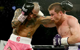 Alvarez outlasts Cotto to win middleweight title